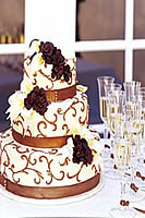 Brown swirl wedding cake with California Wedding Package.