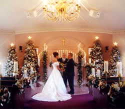 christmas wedding ideas on a budget wedding decor ideas