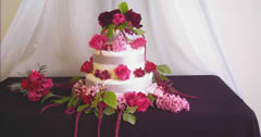 burgundy wedding cake.